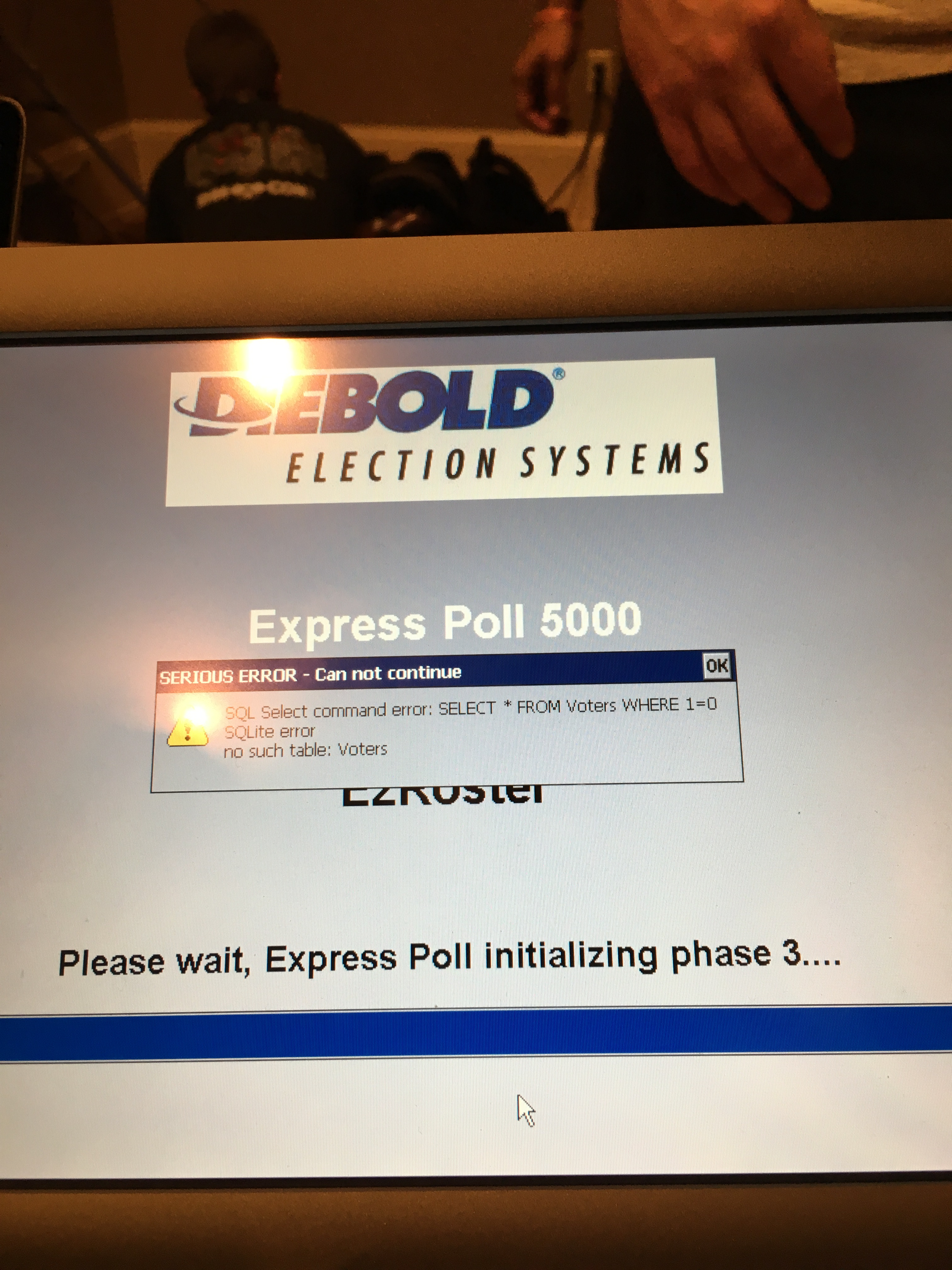 unsecure poll data in a file on Diebold Express Poll 5000 - DefCon